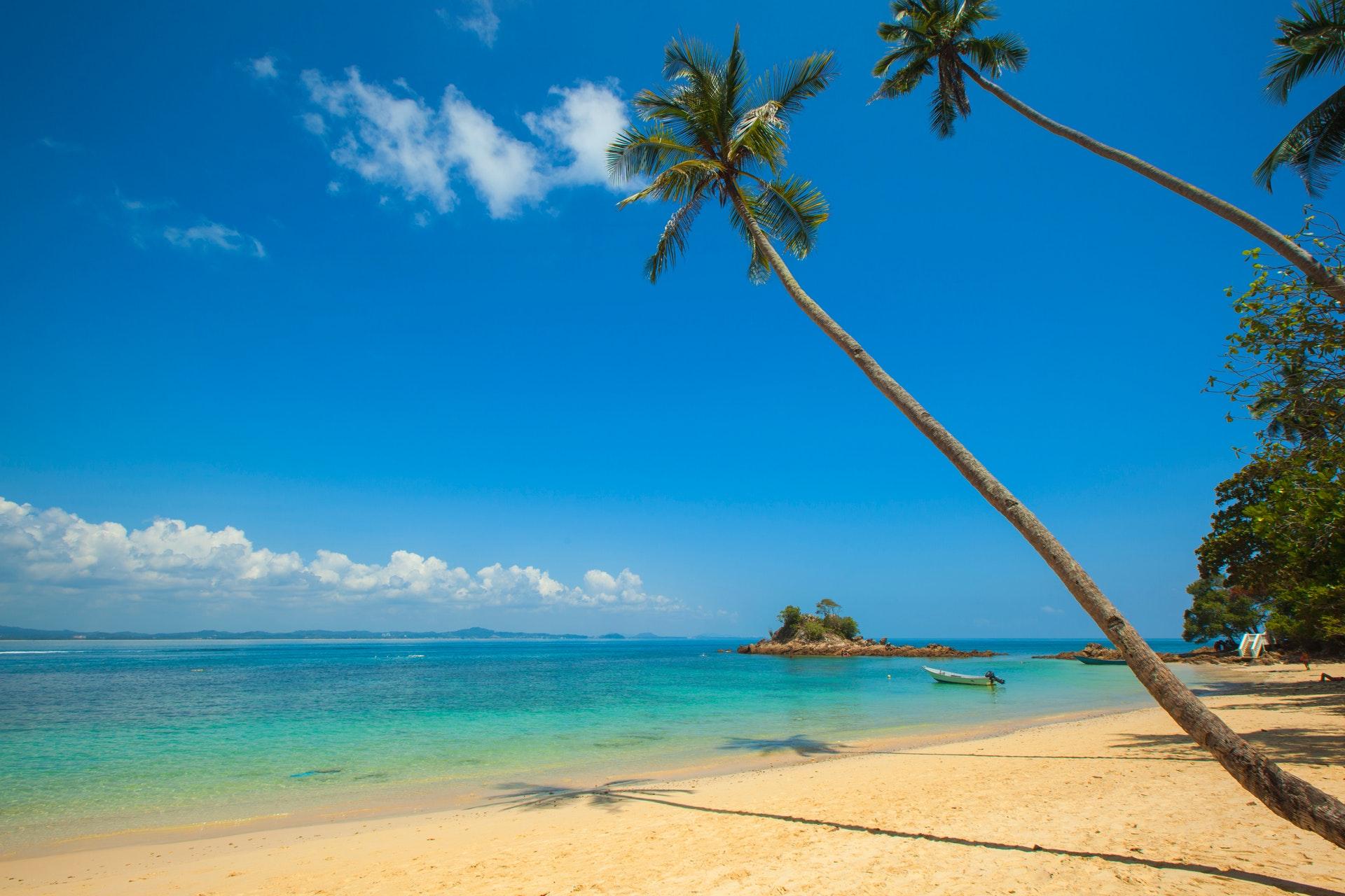 Beaching Travel