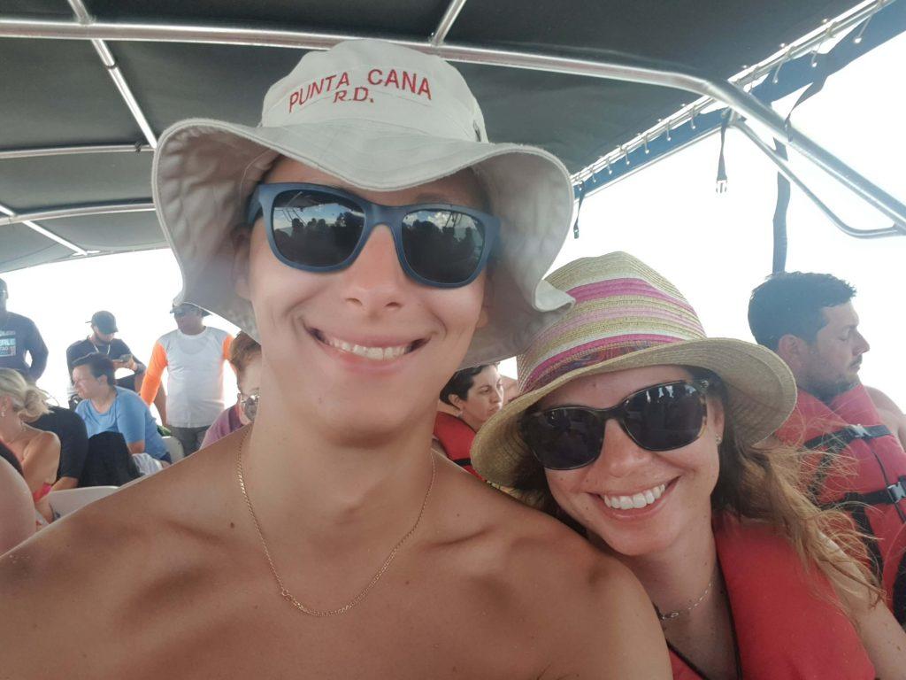Insula-Samana-barca-rapida