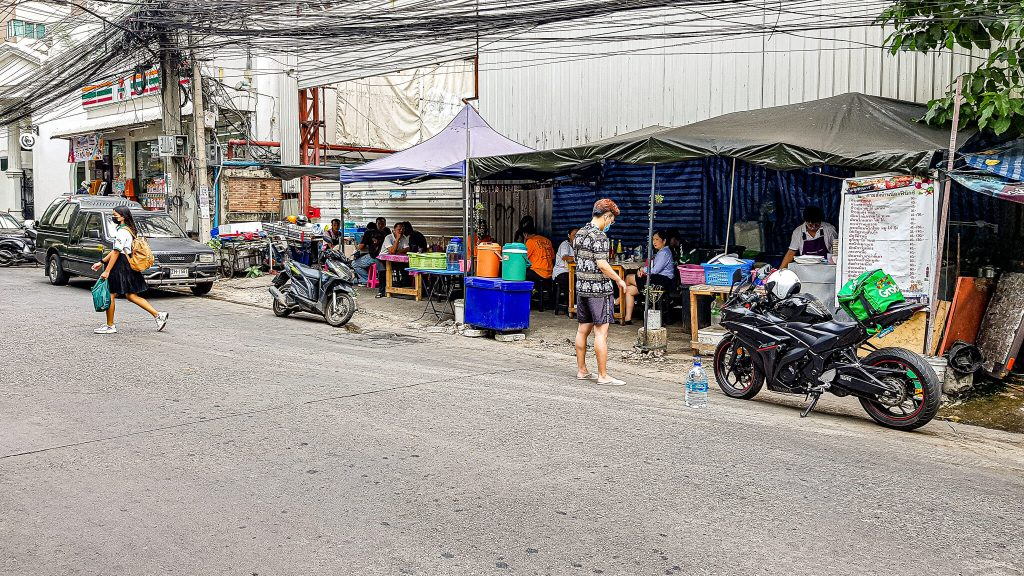 Thai-street-food-Sukhumvit