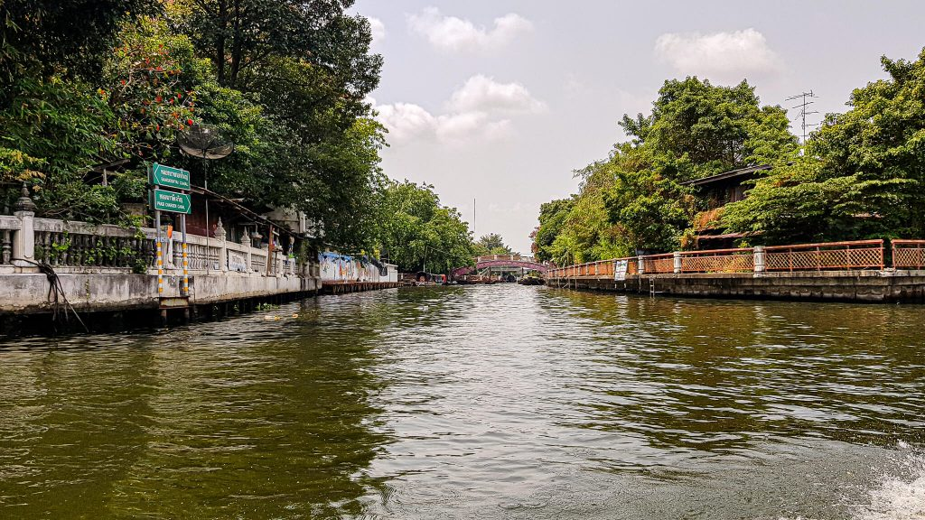 Priveliste-canal-Bangkok
