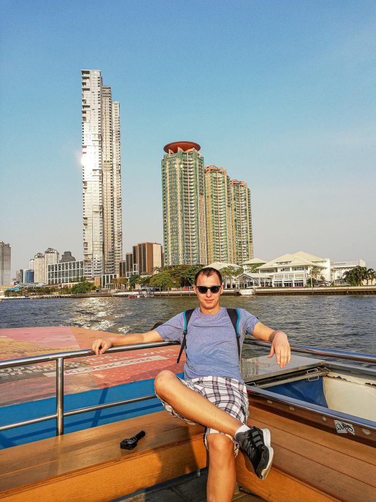 barca-bangkok-chao-phraya-river