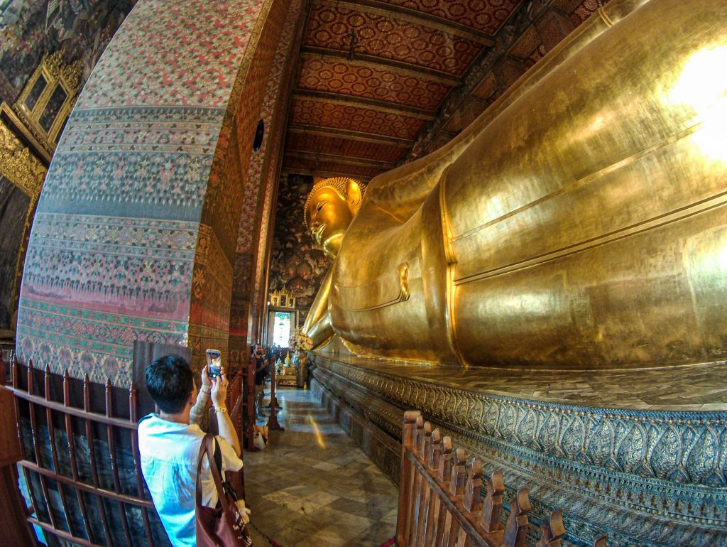 statuia-lui-buddha-inclinat-wat-pho