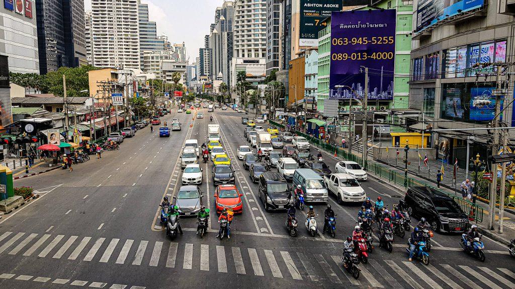 sukhumvit-bangkok-road