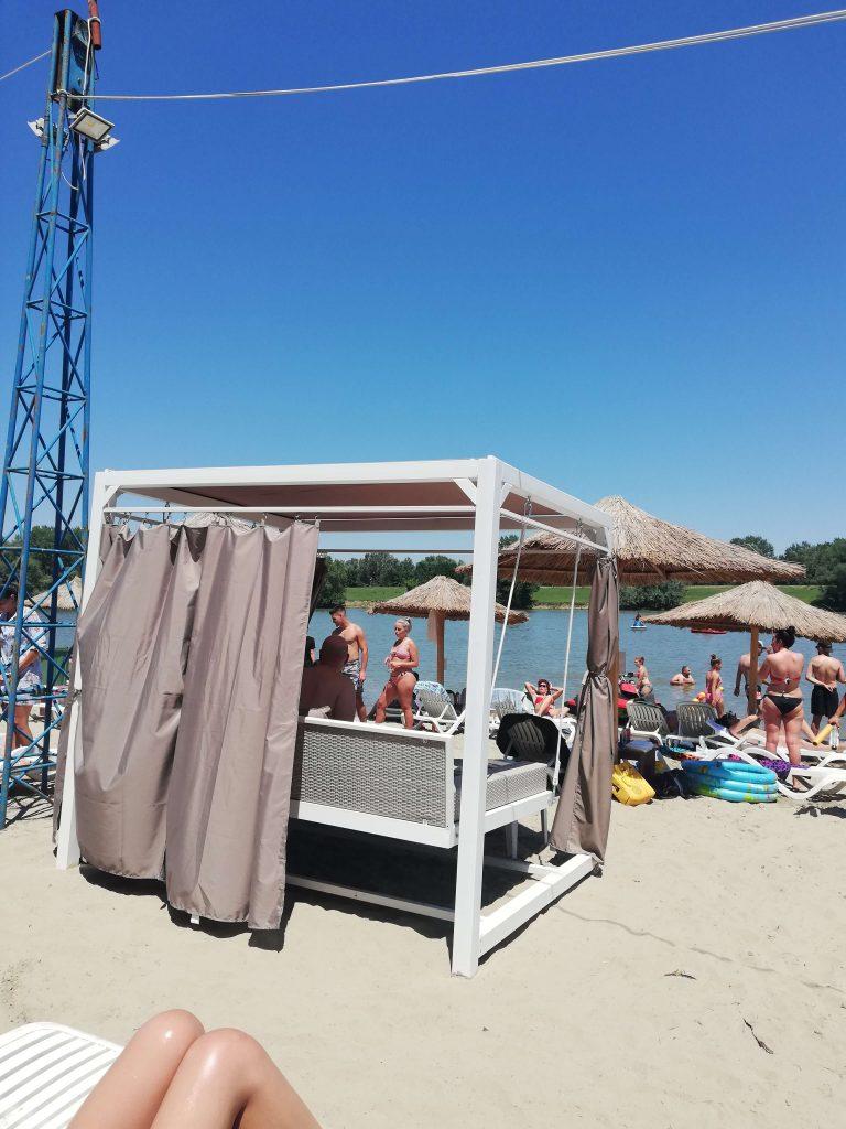baldachin-plaja-pod-4-calarasi