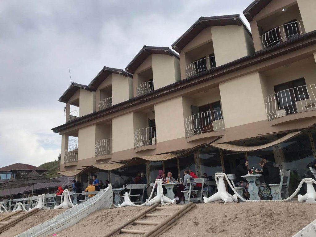 hotel-micul-golf-2-mai