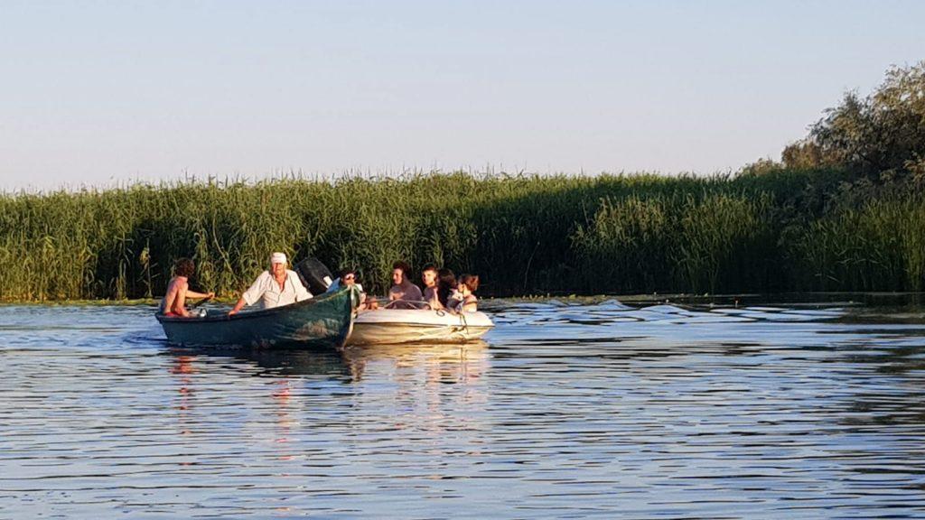 barci-delta-dunarii