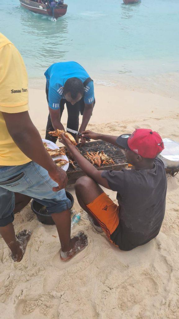 Atractii-zanzibar-meal-sea-food