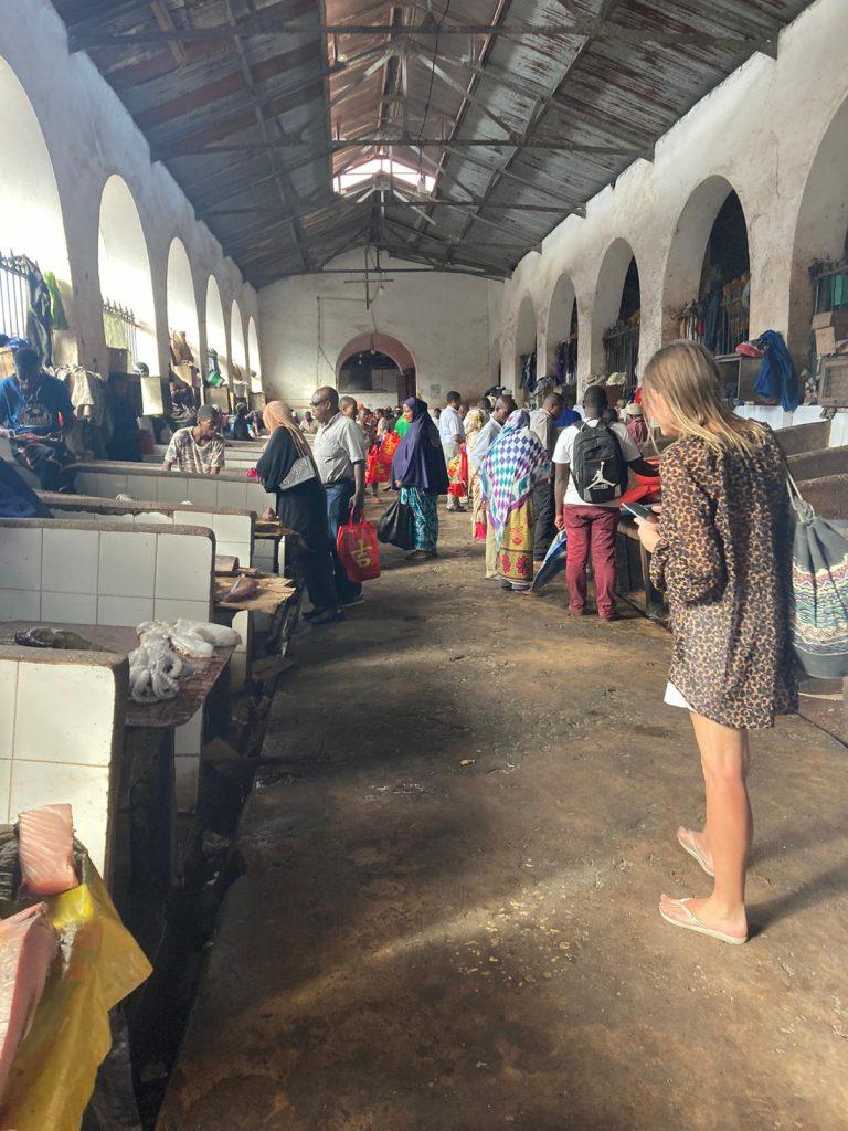 piata de peste stown town